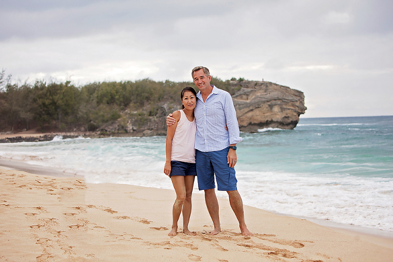 How to Hire an Austin Couples Photographer Mom to Be Kauai Hawaii Beach Family Portrait Session