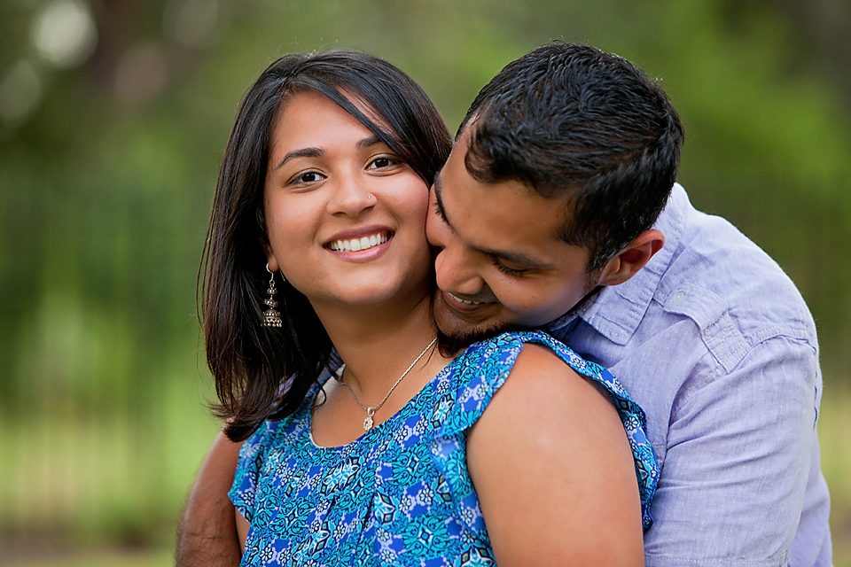 How to Hire an Austin Couples Photographer Love Session