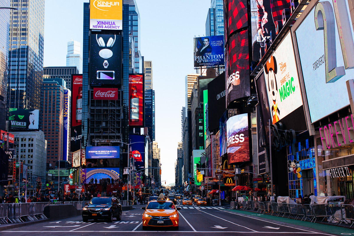 Top 10 Things to do in New York City Time Square with taxi