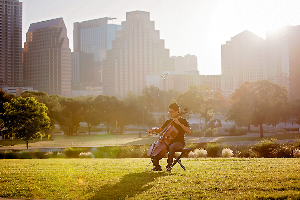 downtown Austin senior portraits at sunrise